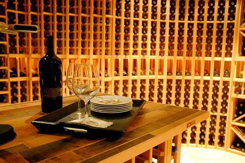 Rangement cave vin - Meuble pour ranger les bouteilles ...